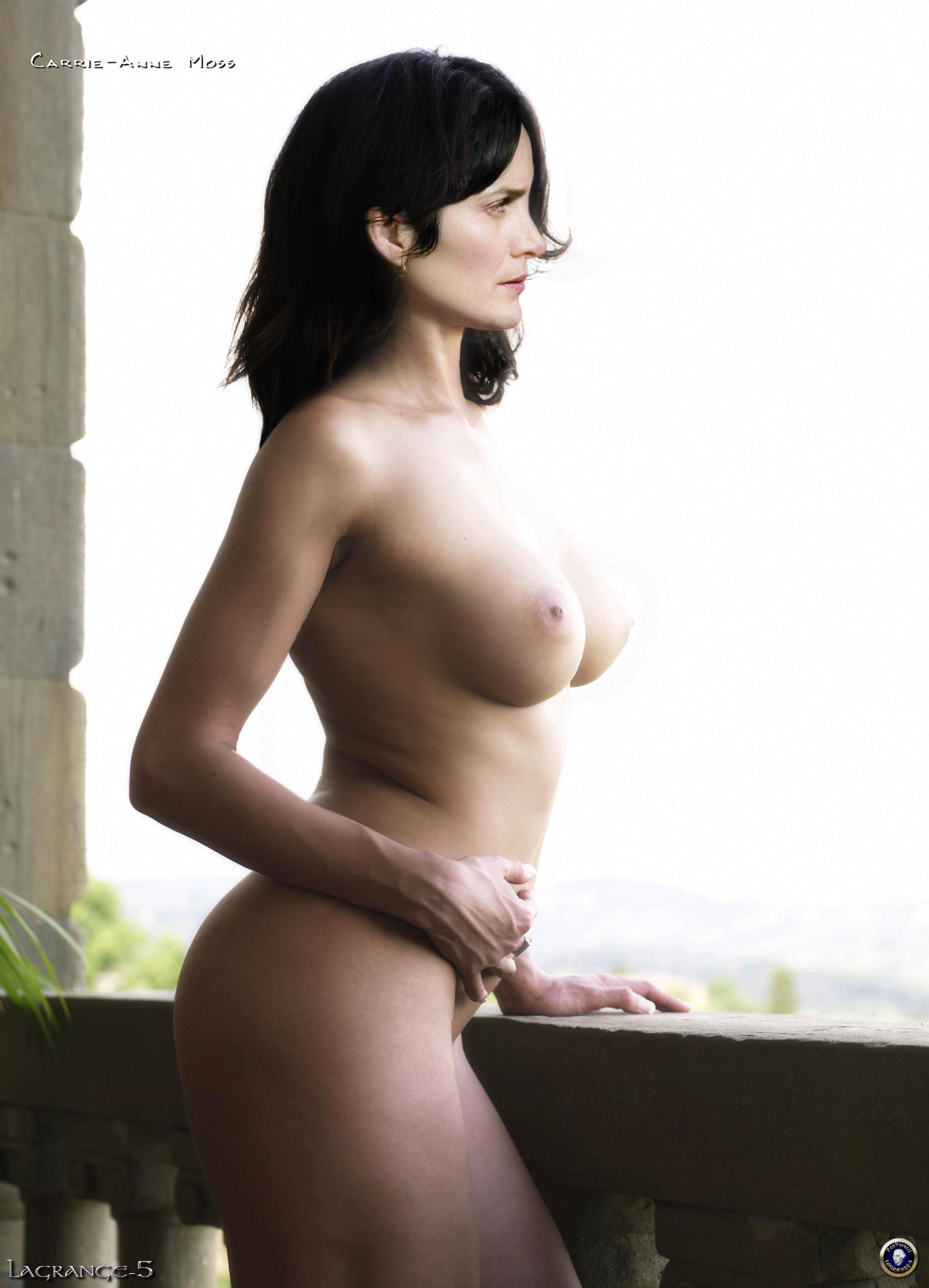 Free carrie anne moss naked