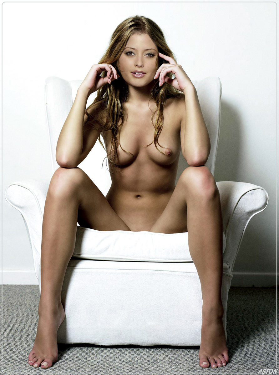 holly valance fakes